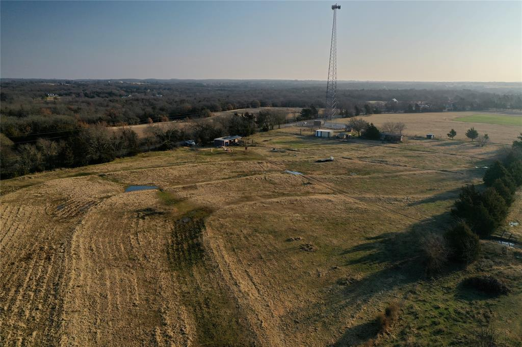 1658 Flowing Wells  Road, Pottsboro, Texas 75076 - acquisto real estate best plano real estate agent mike shepherd