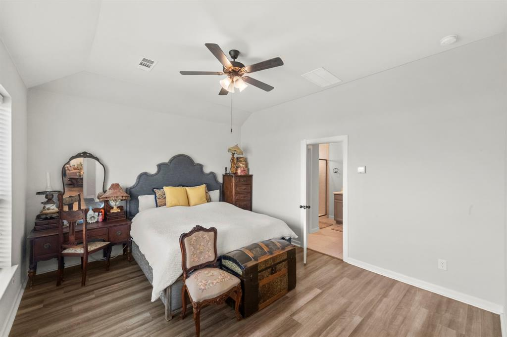 1912 Augustus Drive, Fort Worth, Texas 76120 - acquisto real estate best realtor westlake susan cancemi kind realtor of the year