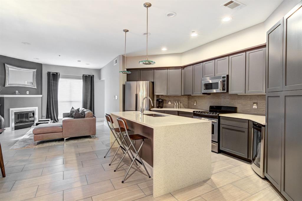 4122 Avondale  Avenue, Dallas, Texas 75219 - acquisto real estate best listing listing agent in texas shana acquisto rich person realtor