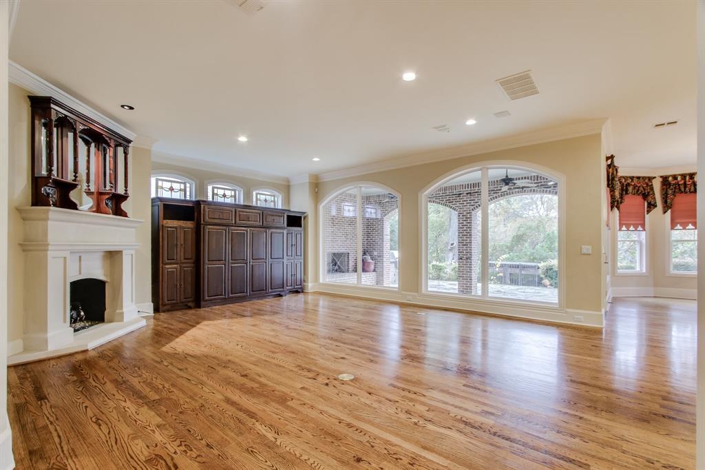 401 Fall Creek Drive, Richardson, Texas 75080 - acquisto real estate best celina realtor logan lawrence best dressed realtor
