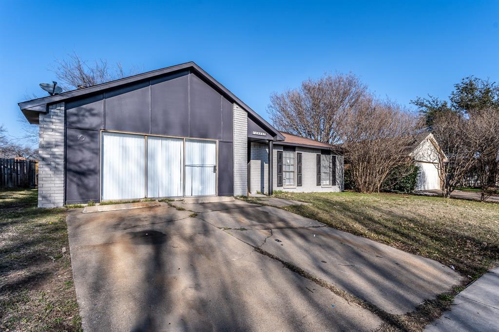 4009 Longstraw Drive, Fort Worth, Texas 76137 - acquisto real estate best allen realtor kim miller hunters creek expert