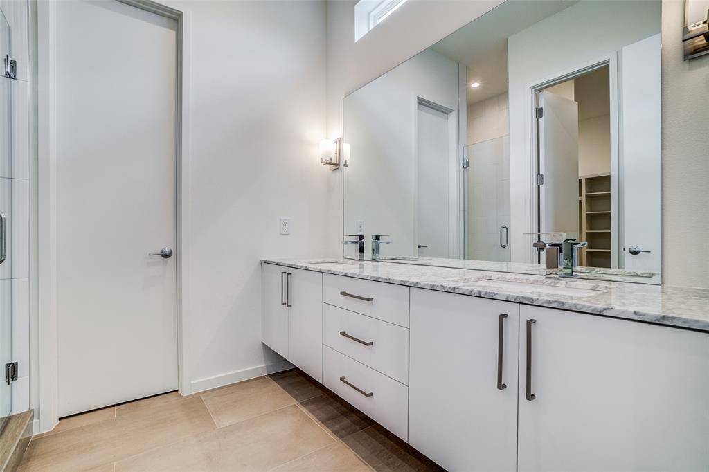 4202 Roseland Avenue, Dallas, Texas 75204 - acquisto real estate best photos for luxury listings amy gasperini quick sale real estate