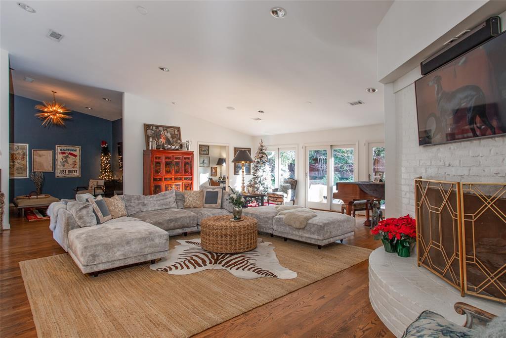3813 Glenwood Drive, Fort Worth, Texas 76109 - acquisto real estate best celina realtor logan lawrence best dressed realtor