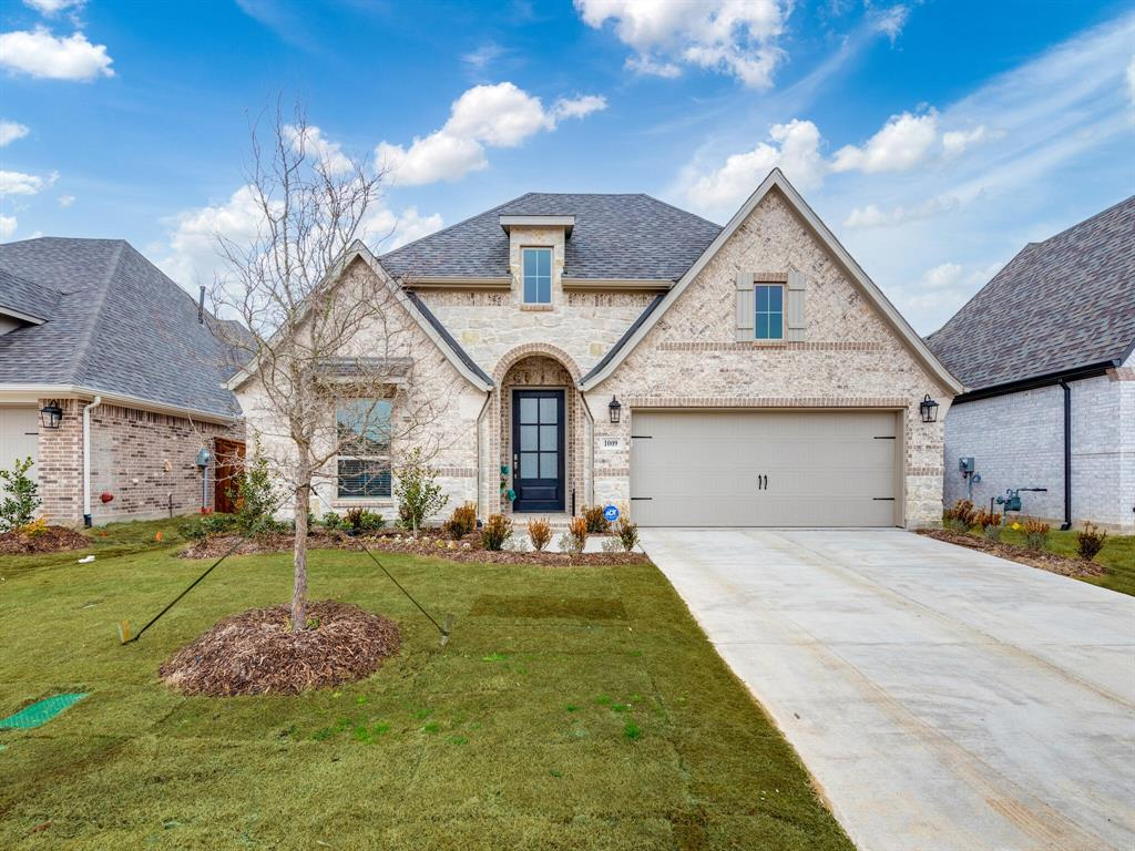 1009 Queens Lake Trail, McKinney, Texas 75071 - Acquisto Real Estate best plano realtor mike Shepherd home owners association expert