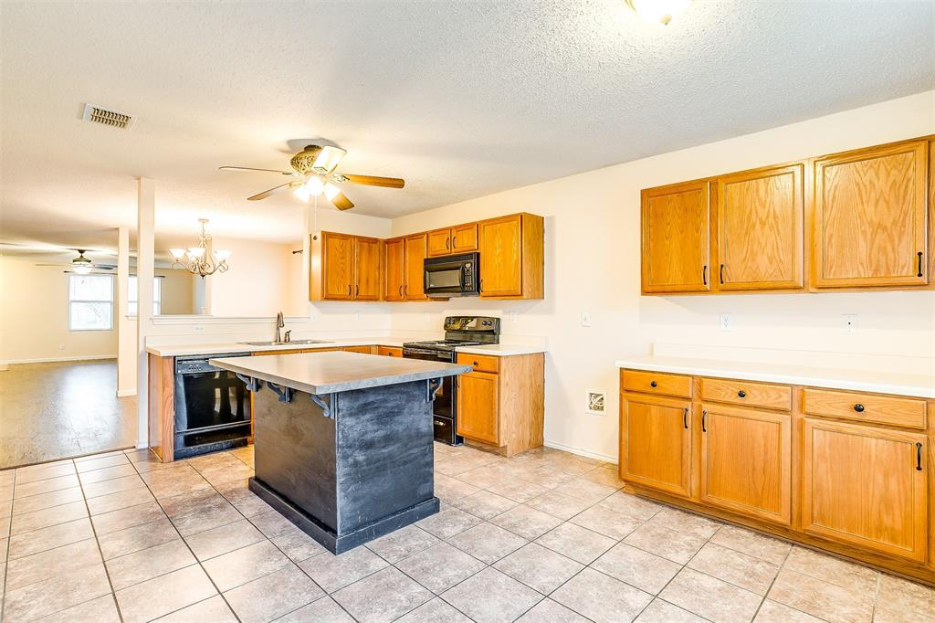 3848 Irish Setter Drive, Fort Worth, Texas 76123 - acquisto real estate best designer and realtor hannah ewing kind realtor