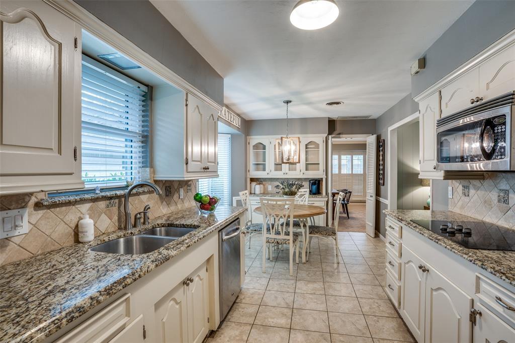 3224 Chapel Downs Drive, Dallas, Texas 75229 - acquisto real estate best celina realtor logan lawrence best dressed realtor