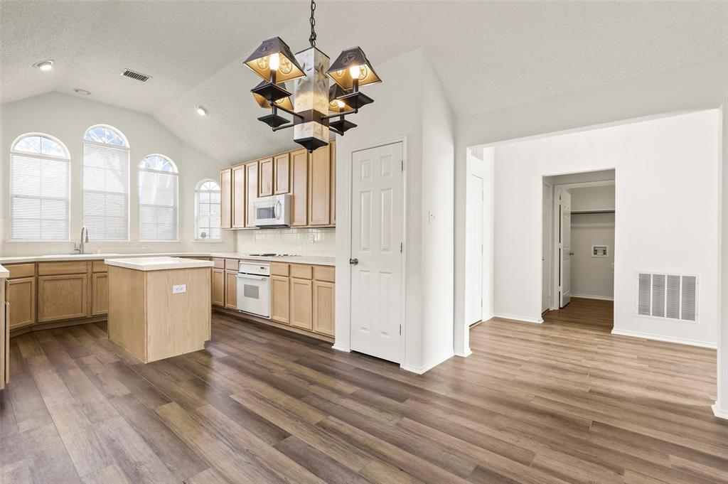 2216 Starleaf Place, Flower Mound, Texas 75022 - acquisto real estate best listing listing agent in texas shana acquisto rich person realtor