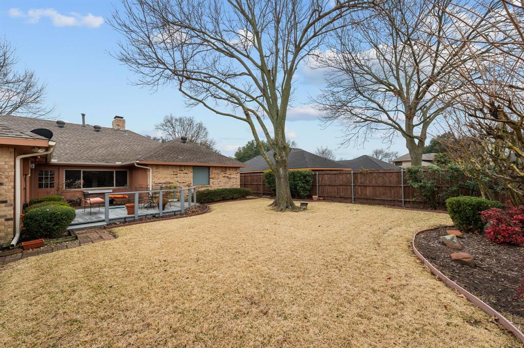 3901 Thornhill Way, Rowlett, Texas 75088 - acquisto real estate best realtor foreclosure real estate mike shepeherd walnut grove realtor