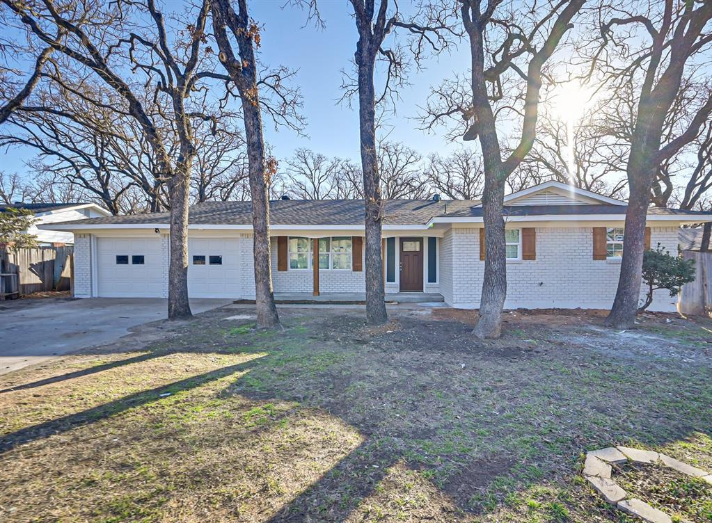 6417 Yorkshire Drive, Forest Hill, Texas 76119 - Acquisto Real Estate best frisco realtor Amy Gasperini 1031 exchange expert
