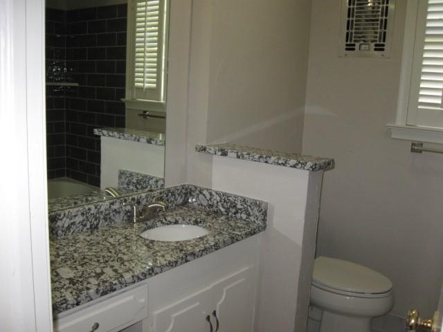 8514 Baltimore Drive, Dallas, Texas 75225 - acquisto real estate best new home sales realtor linda miller executor real estate