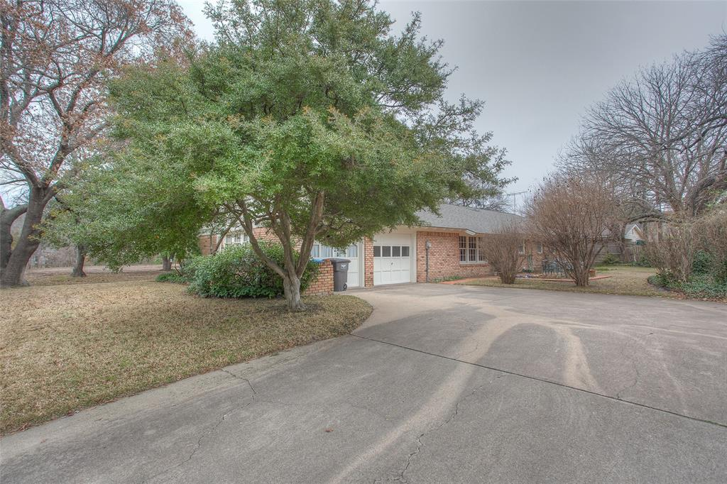 2700 Hartwood Drive, Fort Worth, Texas 76109 - acquisto real estate best luxury home specialist shana acquisto