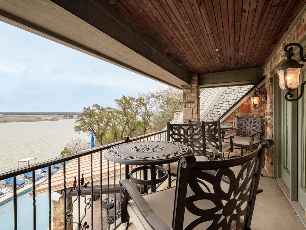 2305 Alexa Court, Granbury, Texas 76048 - acquisto real estate best luxury home specialist shana acquisto
