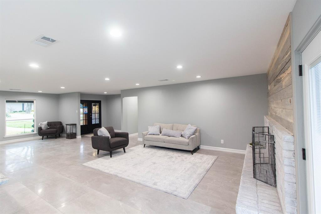 4156 Echo Glen  Drive, Dallas, Texas 75244 - acquisto real estate best real estate company in frisco texas real estate showings