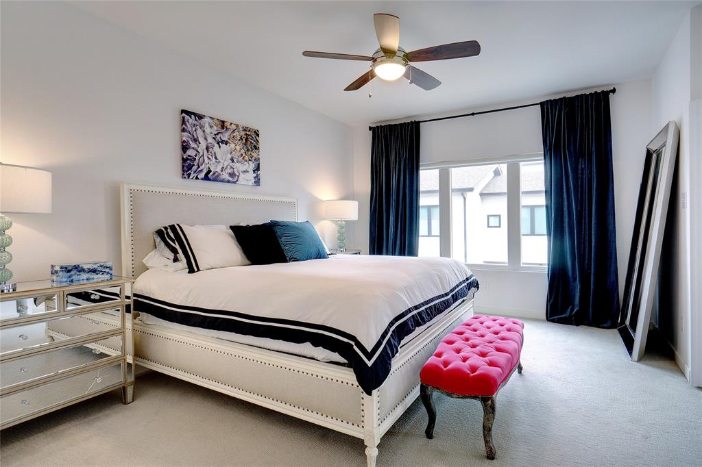 3824 Pine Tree Court, Dallas, Texas 75206 - acquisto real estate best realtor foreclosure real estate mike shepeherd walnut grove realtor