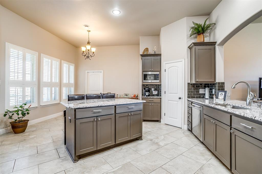 157 Diablo Drive, Burleson, Texas 76028 - acquisto real estate best luxury buyers agent in texas shana acquisto inheritance realtor