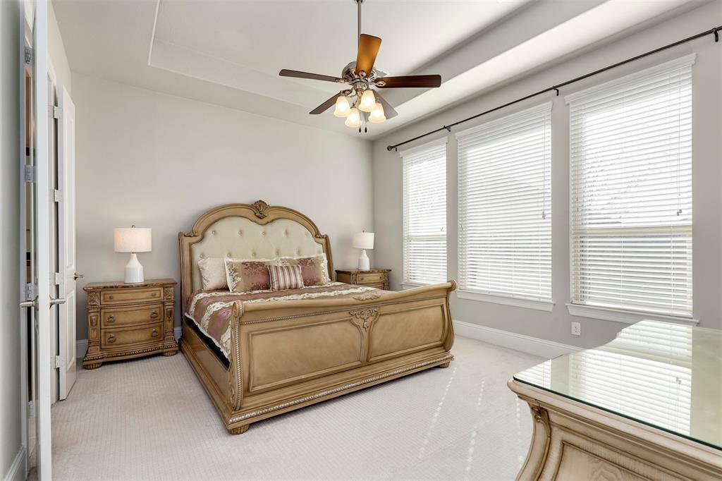 300 Ridgewood Drive, Lewisville, Texas 75067 - acquisto real estate best designer and realtor hannah ewing kind realtor