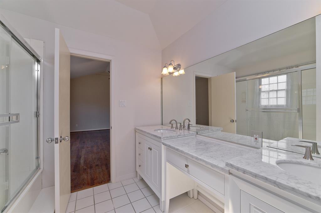 4124 Emerson Avenue, University Park, Texas 75205 - acquisto real estate best realtor foreclosure real estate mike shepeherd walnut grove realtor