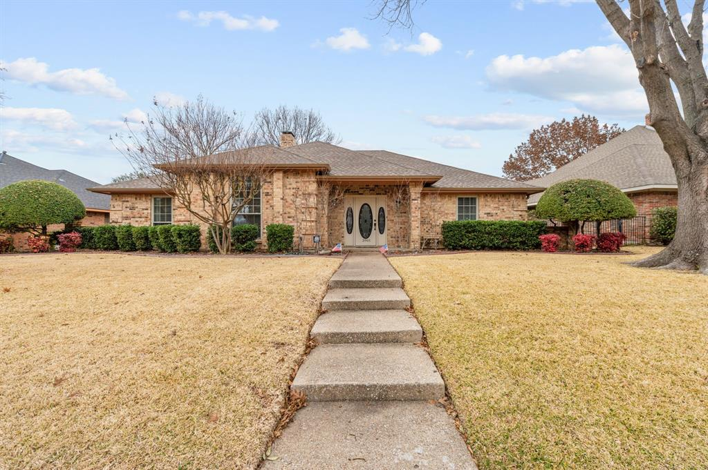 3901 Thornhill Way, Rowlett, Texas 75088 - Acquisto Real Estate best plano realtor mike Shepherd home owners association expert