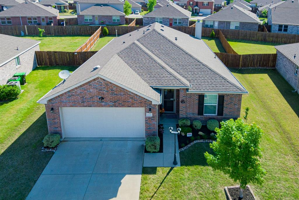 1721 Christopher Creek Drive, Little Elm, Texas 75068 - acquisto real estate best frisco real estate agent amy gasperini panther creek realtor