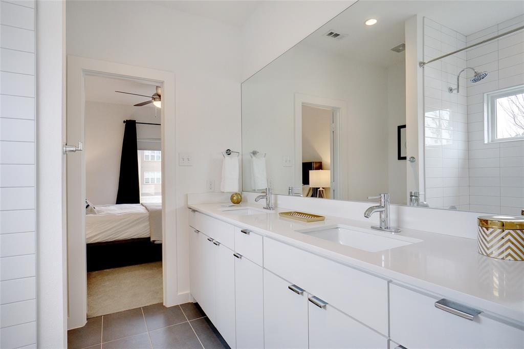 3824 Pine Tree Court, Dallas, Texas 75206 - acquisto real estate best looking realtor in america shana acquisto