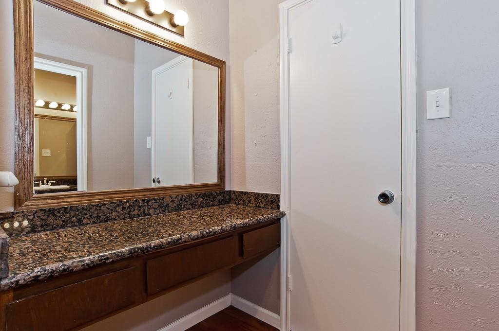 5105 Skillman  Street, Dallas, Texas 75206 - acquisto real estate best realtor foreclosure real estate mike shepeherd walnut grove realtor