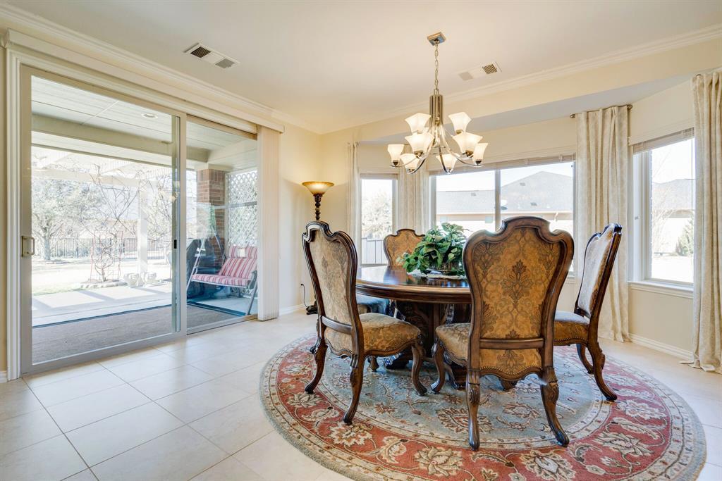 9004 Freeport Drive, Denton, Texas 76207 - acquisto real estate best realtor dallas texas linda miller agent for cultural buyers