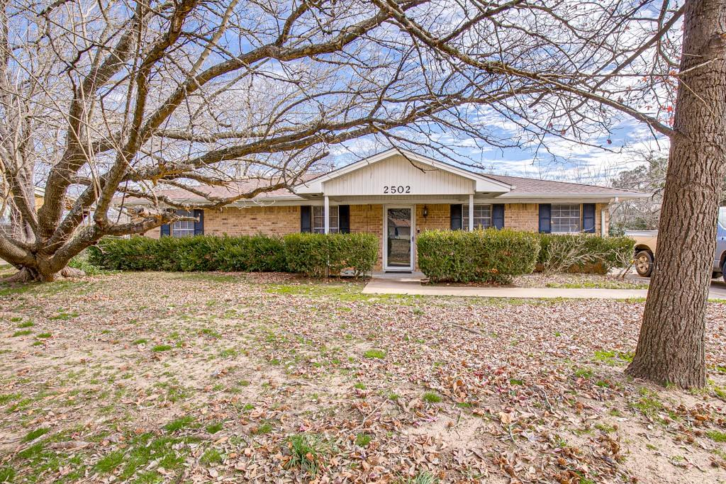 2502 Pecan Street, Commerce, Texas 75428 - acquisto real estate best the colony realtor linda miller the bridges real estate