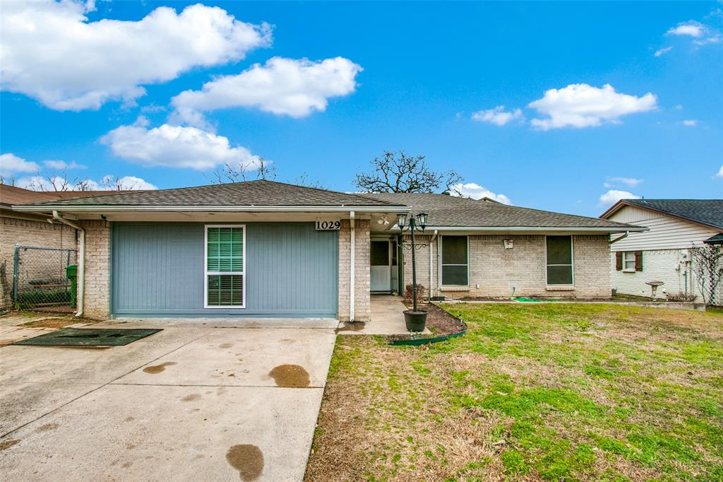 1029 Kings Manor Drive, Lake Dallas, Texas 75065 - Acquisto Real Estate best mckinney realtor hannah ewing stonebridge ranch expert