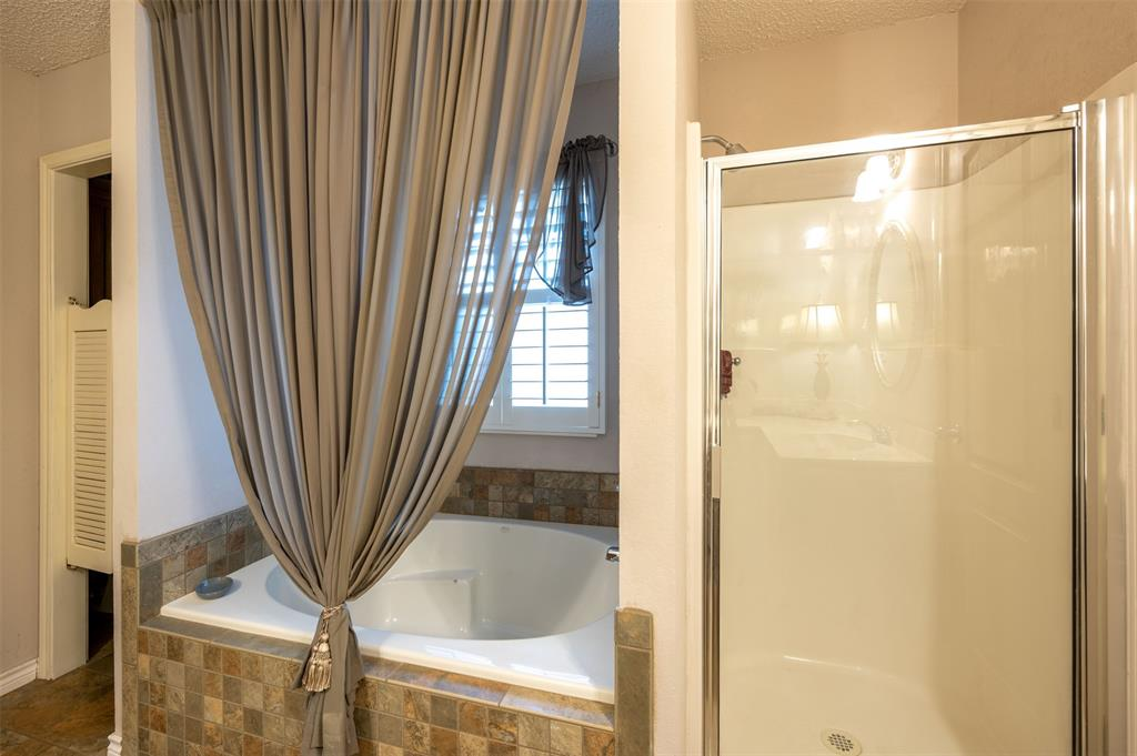 1108 LINDA Lane, Greenville, Texas 75402 - acquisto real estate best photos for luxury listings amy gasperini quick sale real estate