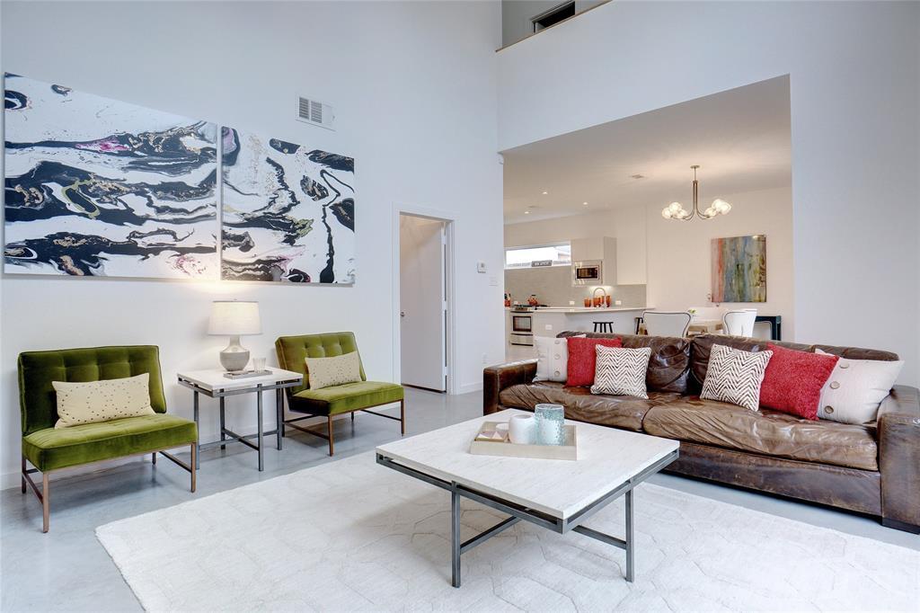 3824 Pine Tree Court, Dallas, Texas 75206 - acquisto real estate best prosper realtor susan cancemi windfarms realtor
