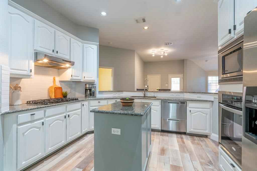 5904 Saddle Club Trail, McKinney, Texas 75070 - acquisto real estate best highland park realtor amy gasperini fast real estate service