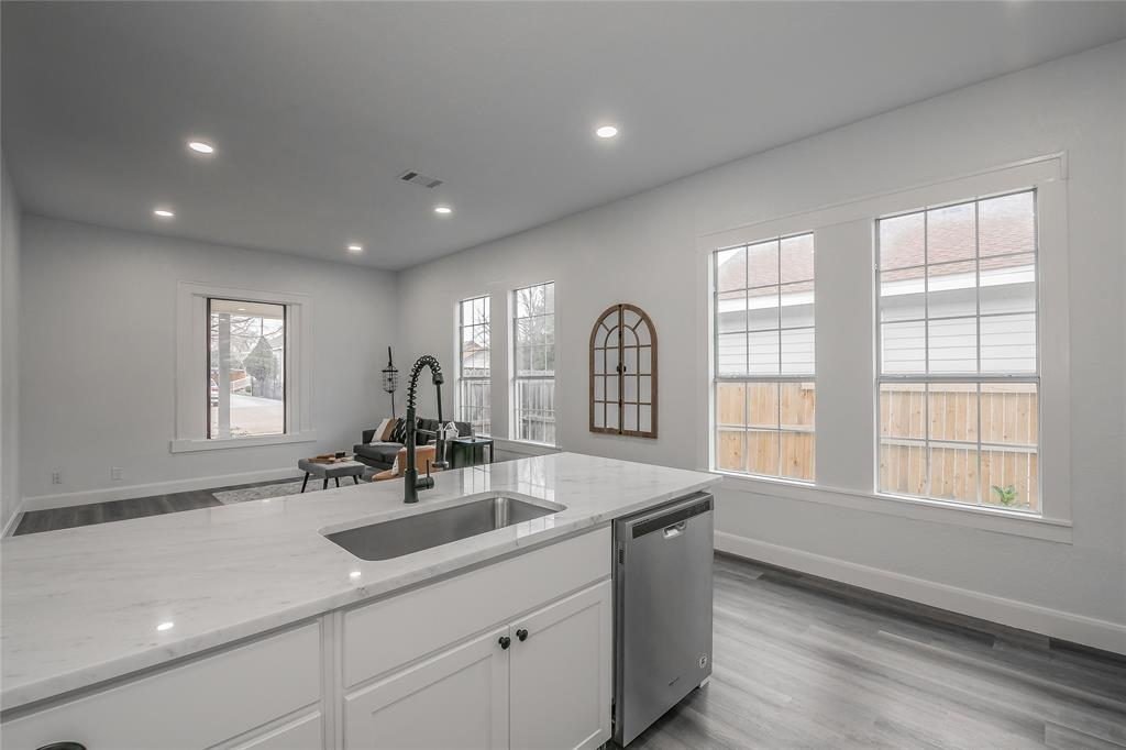 2925 May Street, Fort Worth, Texas 76110 - acquisto real estate best style realtor kim miller best real estate reviews dfw