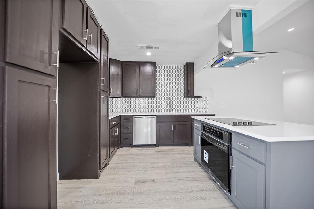 2710 Forest Park Drive, Garland, Texas 75040 - acquisto real estate best prosper realtor susan cancemi windfarms realtor