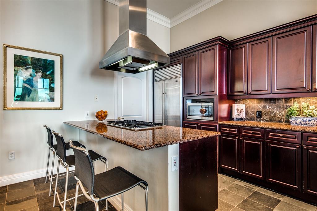 2828 Hood Street, Dallas, Texas 75219 - acquisto real estate best luxury buyers agent in texas shana acquisto inheritance realtor