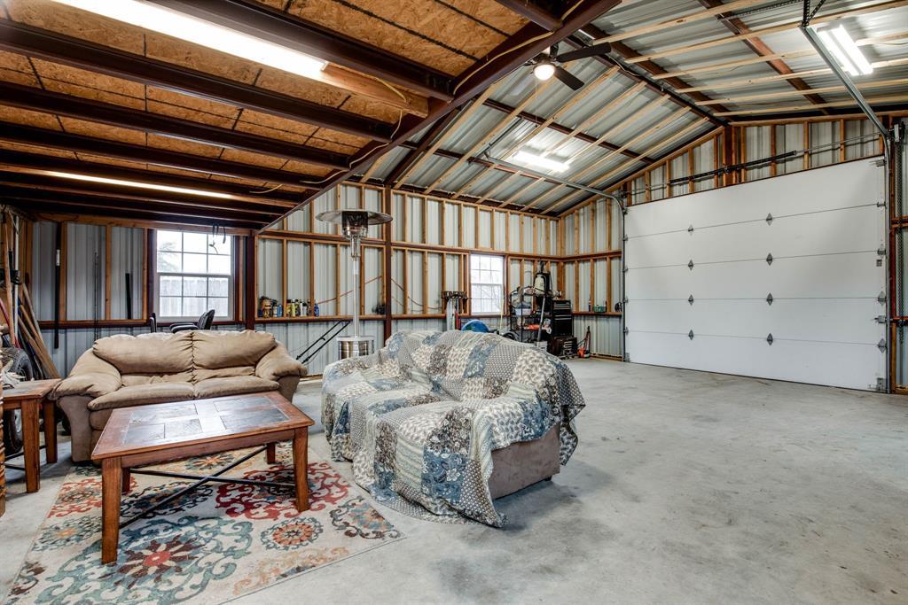 305 Blackmon Trail, Bells, Texas 75414 - acquisto real estate best negotiating realtor linda miller declutter realtor