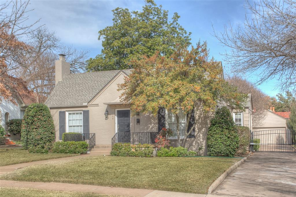 3904 Lenox Drive, Fort Worth, Texas 76107 - Acquisto Real Estate best plano realtor mike Shepherd home owners association expert
