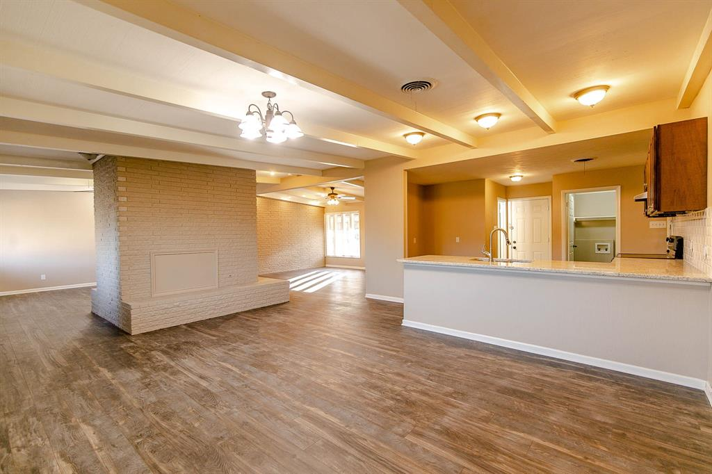 8508 Berend Court, Benbrook, Texas 76116 - acquisto real estate best prosper realtor susan cancemi windfarms realtor