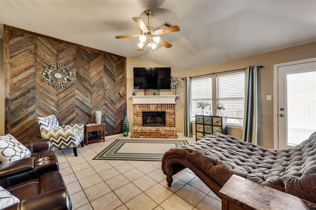 1202 Halifax Lane, Forney, Texas 75126 - acquisto real estate best celina realtor logan lawrence best dressed realtor