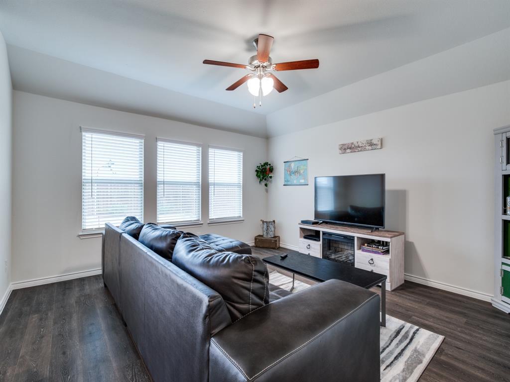 2369 Rosaline Drive, Little Elm, Texas 76227 - acquisto real estate best luxury buyers agent in texas shana acquisto inheritance realtor