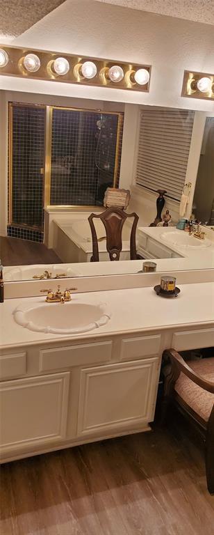 1104 Brewer Drive, Cedar Hill, Texas 75104 - acquisto real estate best designer and realtor hannah ewing kind realtor
