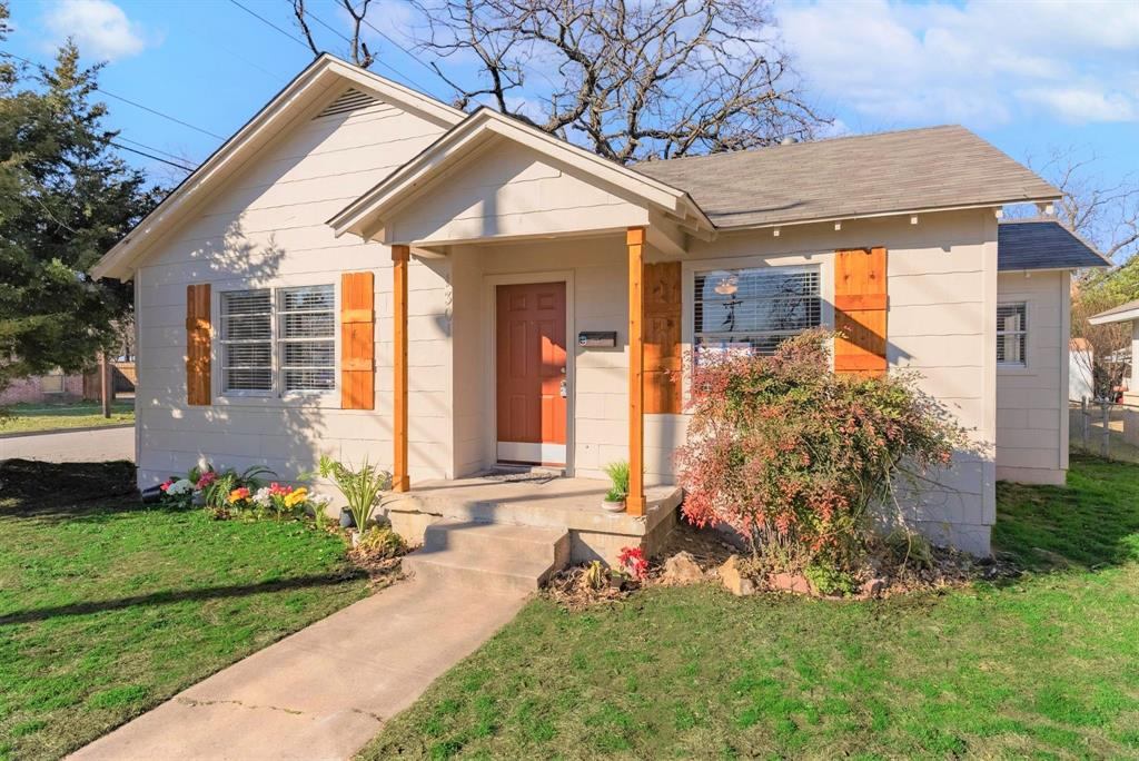 1301 Clarence Street, Haltom City, Texas 76117 - Acquisto Real Estate best plano realtor mike Shepherd home owners association expert