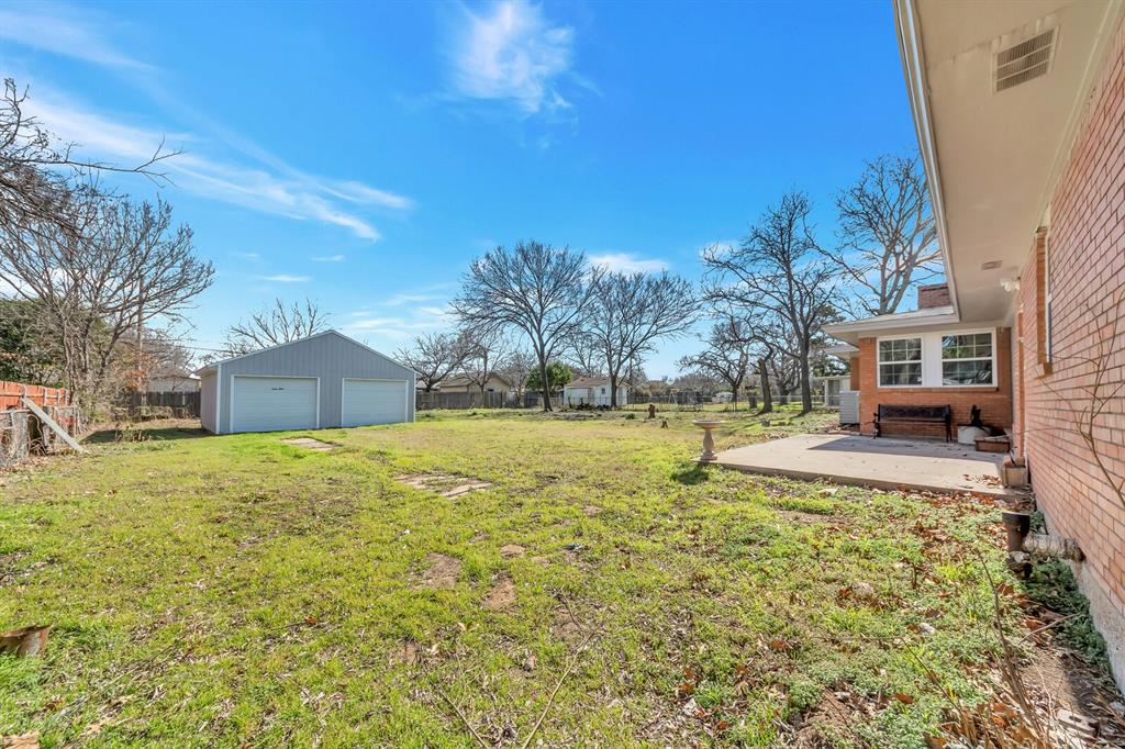 1129 Warden  Street, Benbrook, Texas 76126 - acquisto real estate best looking realtor in america shana acquisto