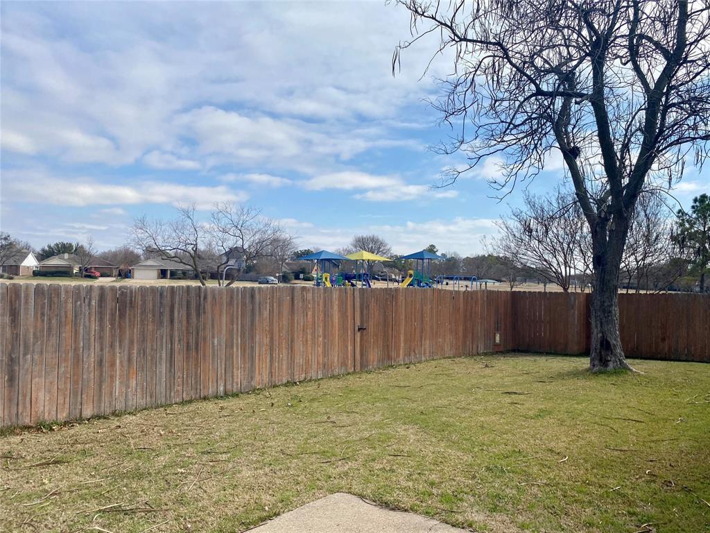 1433 Sedalia Drive, Flower Mound, Texas 75028 - acquisto real estate best designer and realtor hannah ewing kind realtor