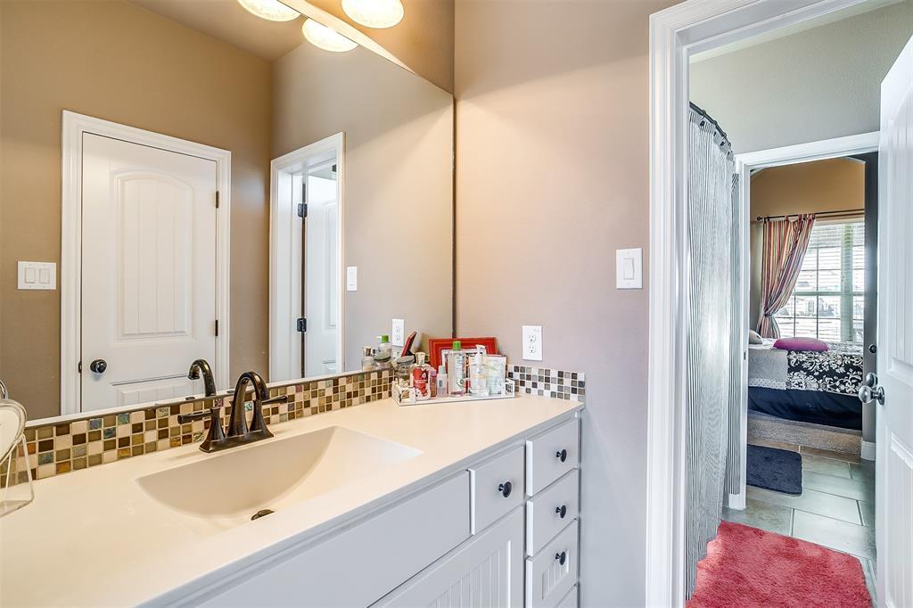 157 Diablo Drive, Burleson, Texas 76028 - acquisto real estate best realtor dallas texas linda miller agent for cultural buyers