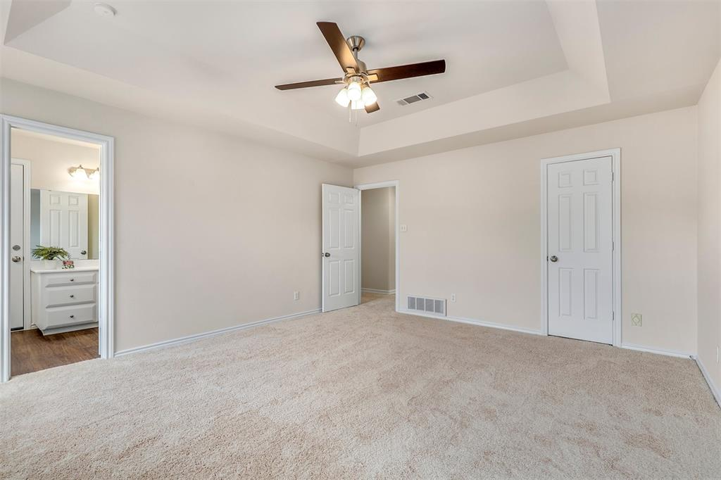 2916 Patino Road, Fort Worth, Texas 76112 - acquisto real estate best designer and realtor hannah ewing kind realtor