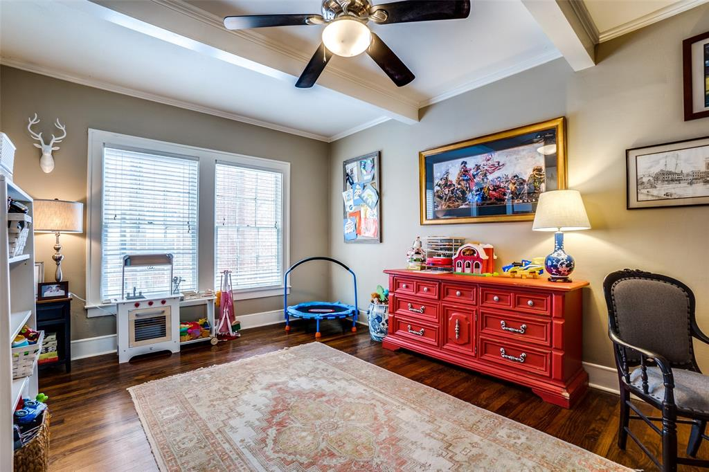 5827 Morningside Avenue, Dallas, Texas 75206 - acquisto real estate best style realtor kim miller best real estate reviews dfw