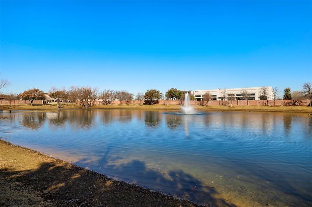 300 Ridgewood Drive, Lewisville, Texas 75067 - acquisto real estate mvp award real estate logan lawrence
