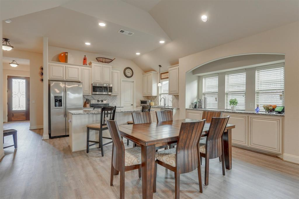 805 Foxtail Drive, Mansfield, Texas 76063 - acquisto real estate best real estate company to work for