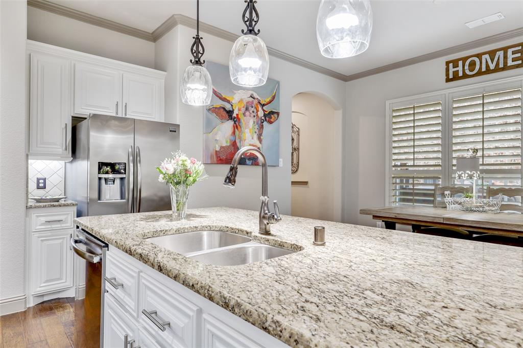 3920 Brookridge Court, Bedford, Texas 76021 - acquisto real estate best real estate company in frisco texas real estate showings
