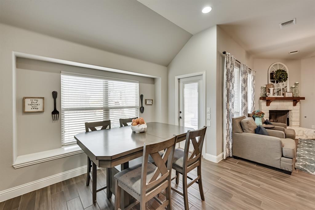 1617 Wright Street, Savannah, Texas 76227 - acquisto real estate best luxury buyers agent in texas shana acquisto inheritance realtor